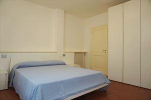 Villa Benigni  : спальня с двуспальной кроватью