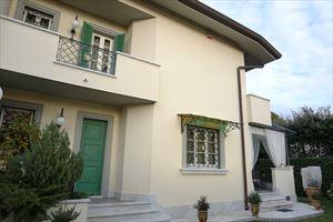Villa Bijou: Semi detached villa Forte dei Marmi