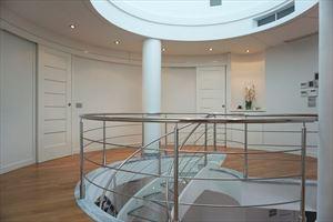 Villa  Brosio  : Inside view