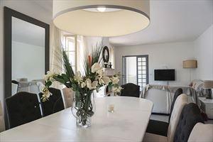 Villa Camilla   : Dining room