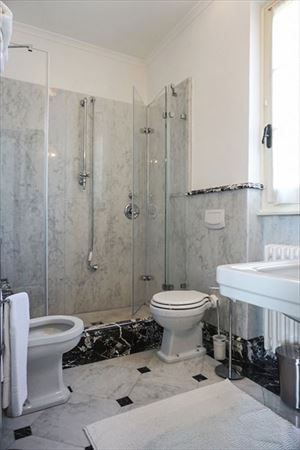 Villa Camilla   : Bathroom