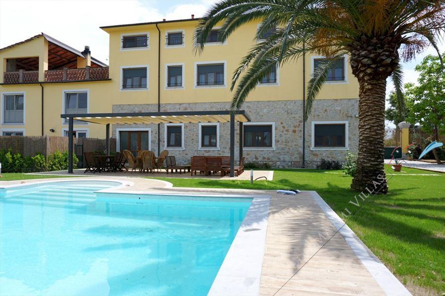 Villa Canario - Villa bifamiliare Forte dei Marmi
