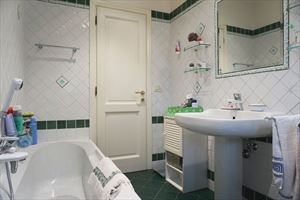 Villa Carina : Bathroom