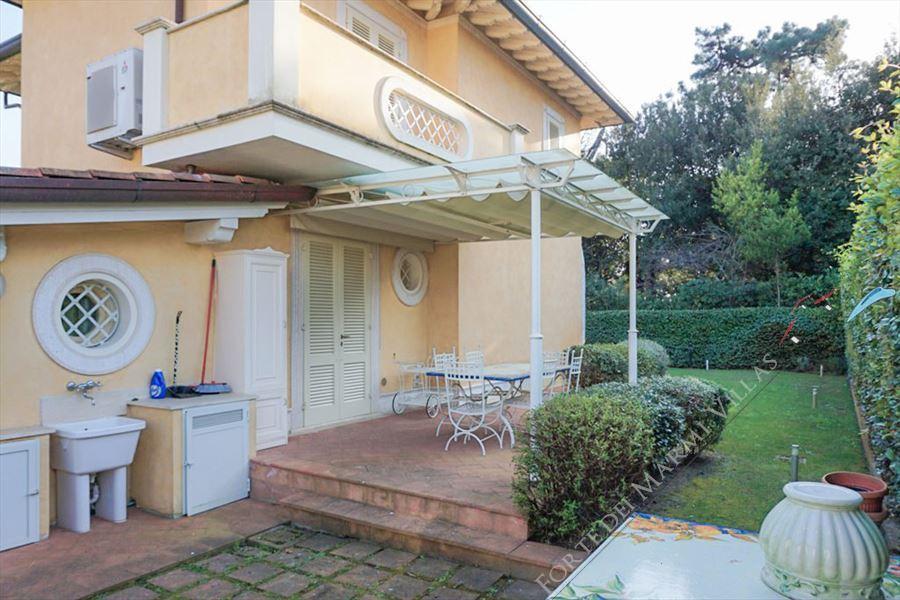 Villa Carolina : Vista esterna