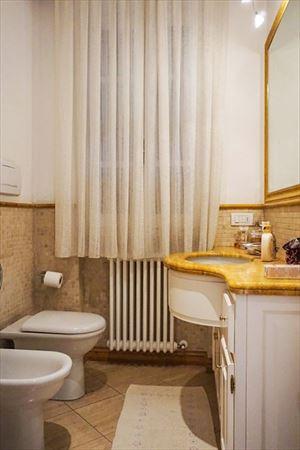 Villa Carrara : Bathroom