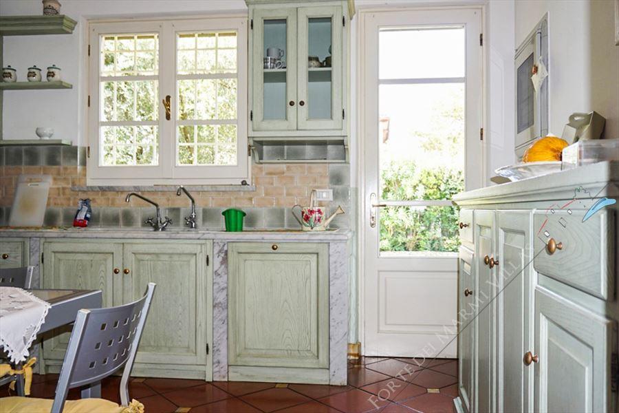 Villa Carrara : Kitchen