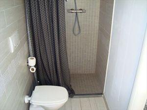 Villa Cavallini : Ванная комната с душем