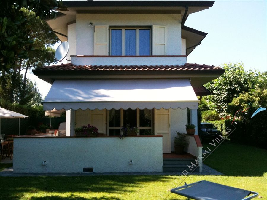 Villa Chiara - Semi detached villa To Rent Forte dei Marmi