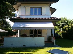 Villa Chiara: Villa bifamiliare Forte dei Marmi