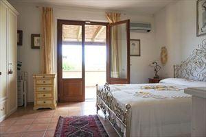 Villa Cinzia : хозяйская спальня