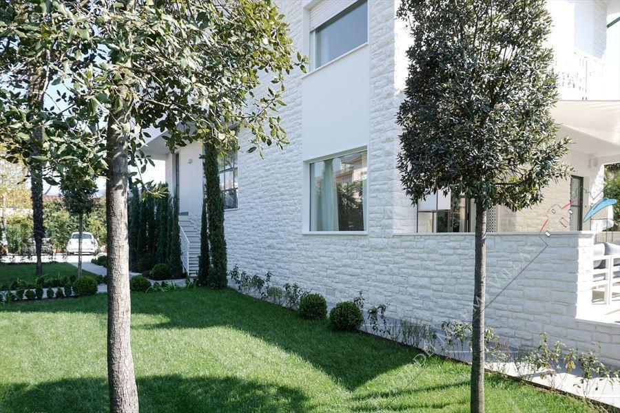Villa Costa : Outside view