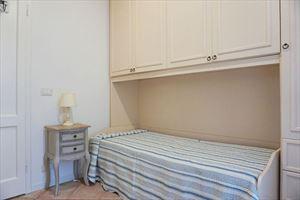 Villa Denise : спальня с односпальной кроватью