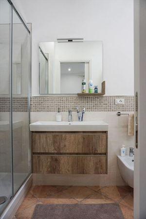 Villa Denise : Ванная комната с душем