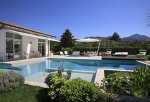 Villa Acquamarina : detached villa to rent  Marina di Pietrasanta