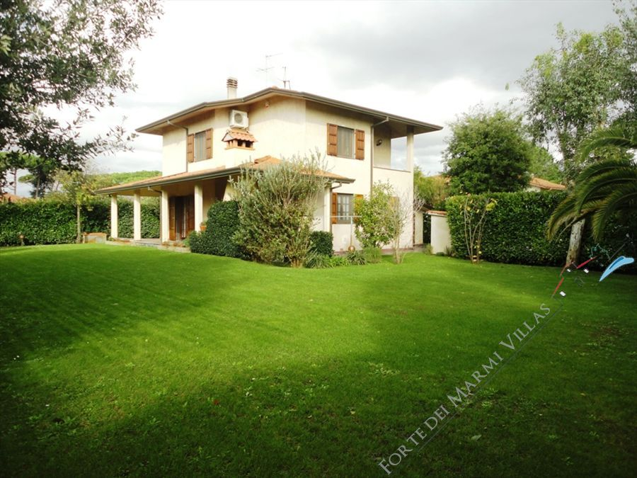 Villa Diana  - Detached villa To Rent Marina di Pietrasanta