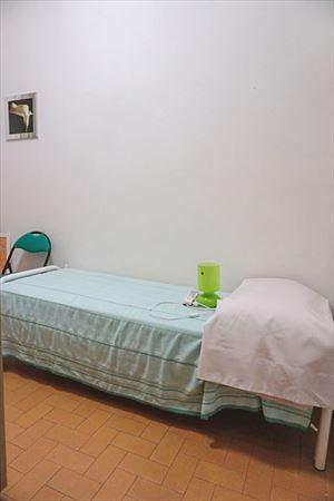 Villa Emiliana : спальня с односпальной кроватью