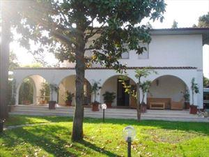 Villa Emiliana : Вид снаружи