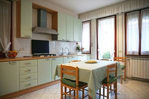 Villa Fior di Loto : Kitchen