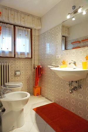 Villa Fior di Loto : Bagno con doccia