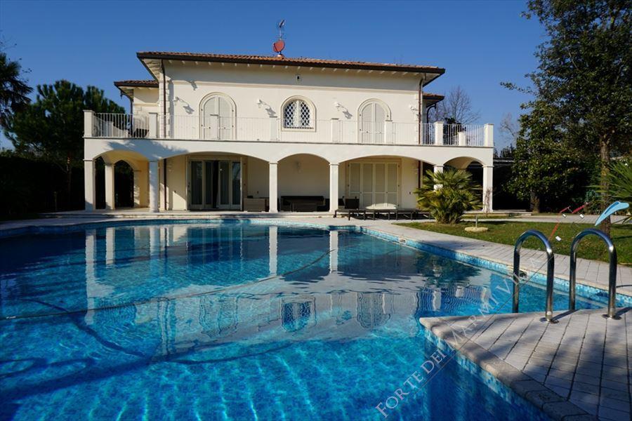 Villa Firenze - Detached villa Forte dei Marmi