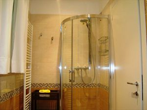 Villa Futura  : Bathroom with shower