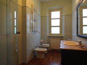 Villa Gilda  : Bathroom with shower