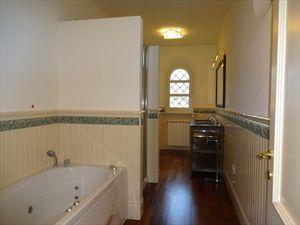Villa Gilda  : Ванная комната с ванной