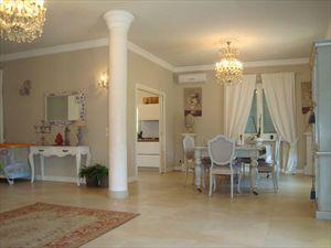 Villa Giorgia : Vista interna