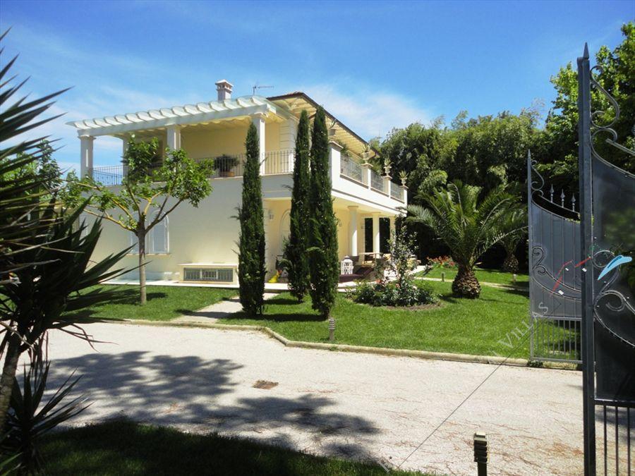 Villa Giorgia - Detached villa Marina di Pietrasanta