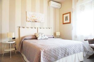 Appartamento Giulio : спальня с двуспальной кроватью