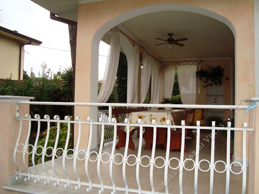 Villa Ines Detached villa  for sale  Forte dei Marmi