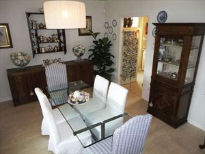 Villa Iris  : Dining room