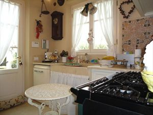 Villa Iris  : Kitchen