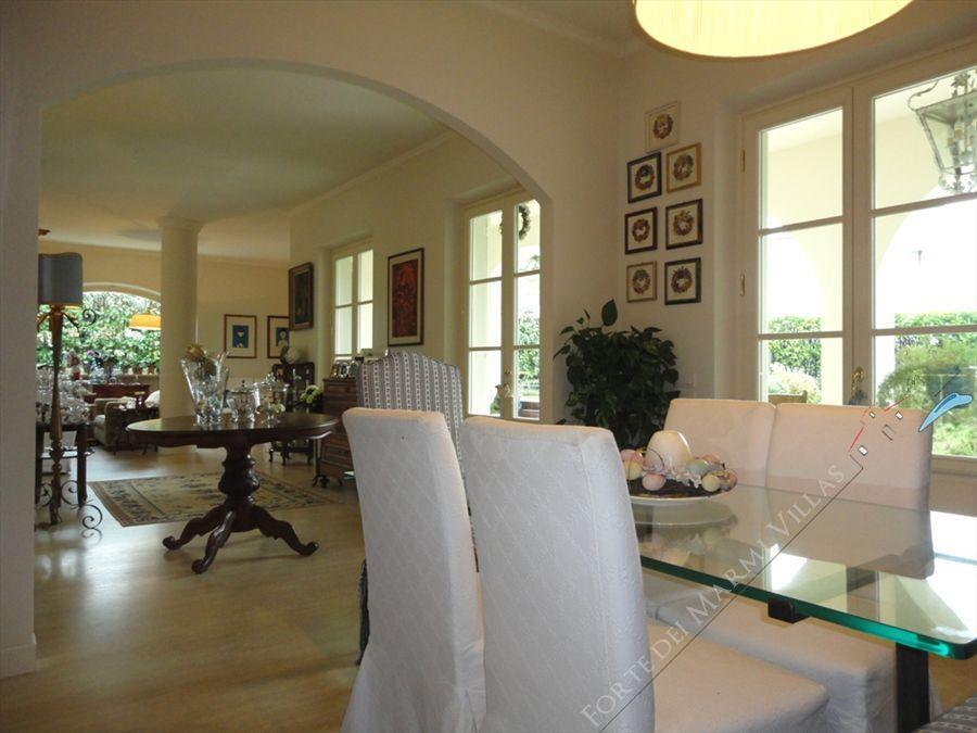 Villa Iris  : Vista interna
