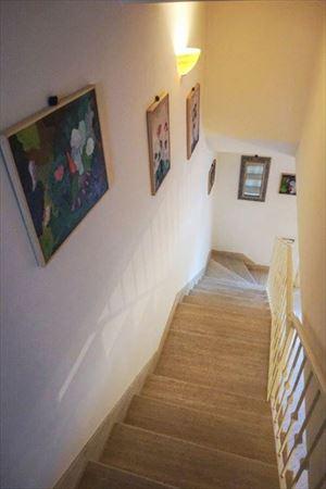 Villa Ariel : Scale di marmo