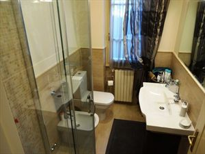 Villa Jessica : Ванная комната с душем