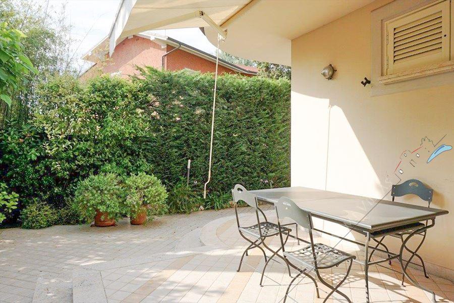 Villa Liana : Vista esterna