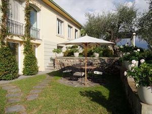 Villa Livia : Вид снаружи