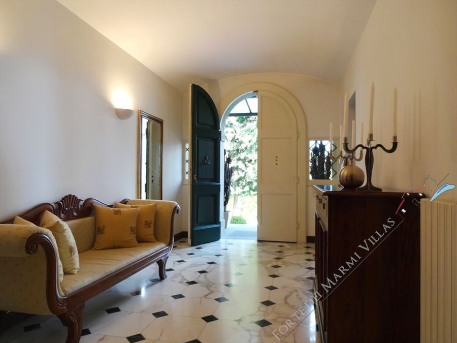 Villa Livia : Inside view