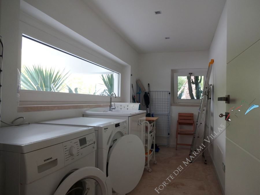 Villa Lucente  : Laundry