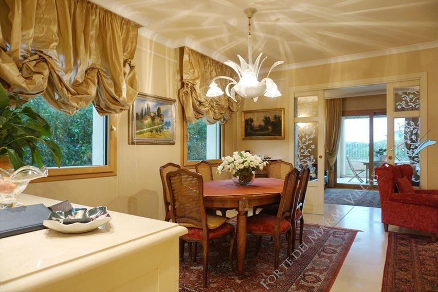 Villa Maestro : Dining room