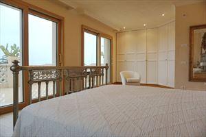 Villa Maestro : Camera matrimoniale