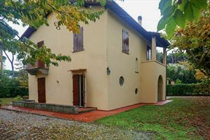 Villa Marchese : detached villa to rent and for sale Roma Imperiale Forte dei Marmi