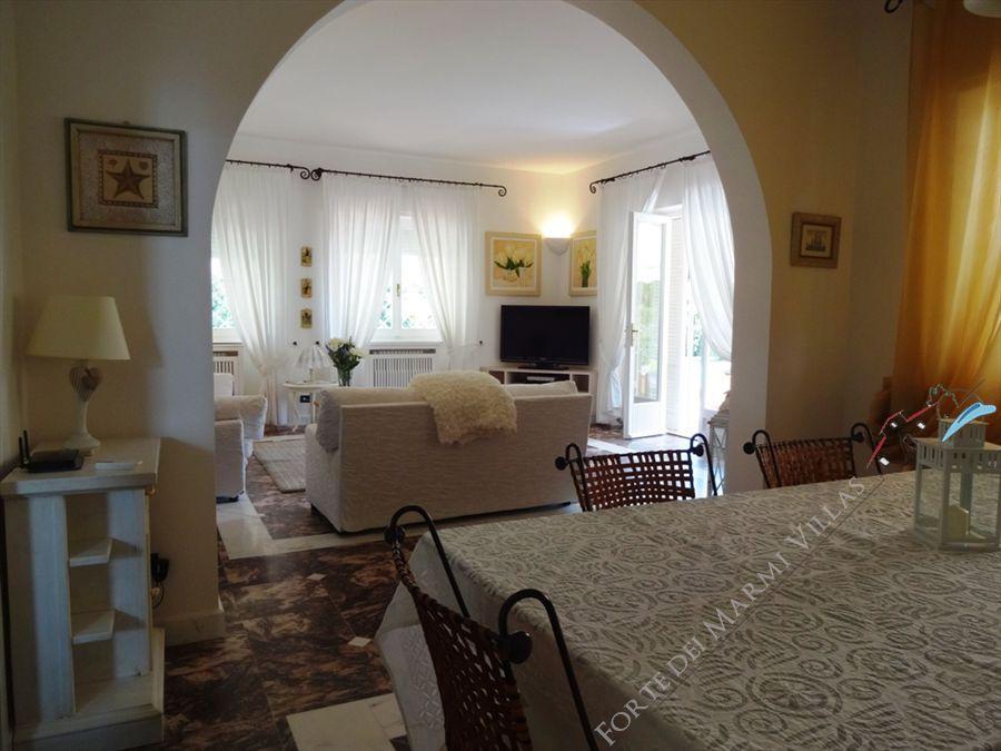 Villa Mareggiata  : Inside view