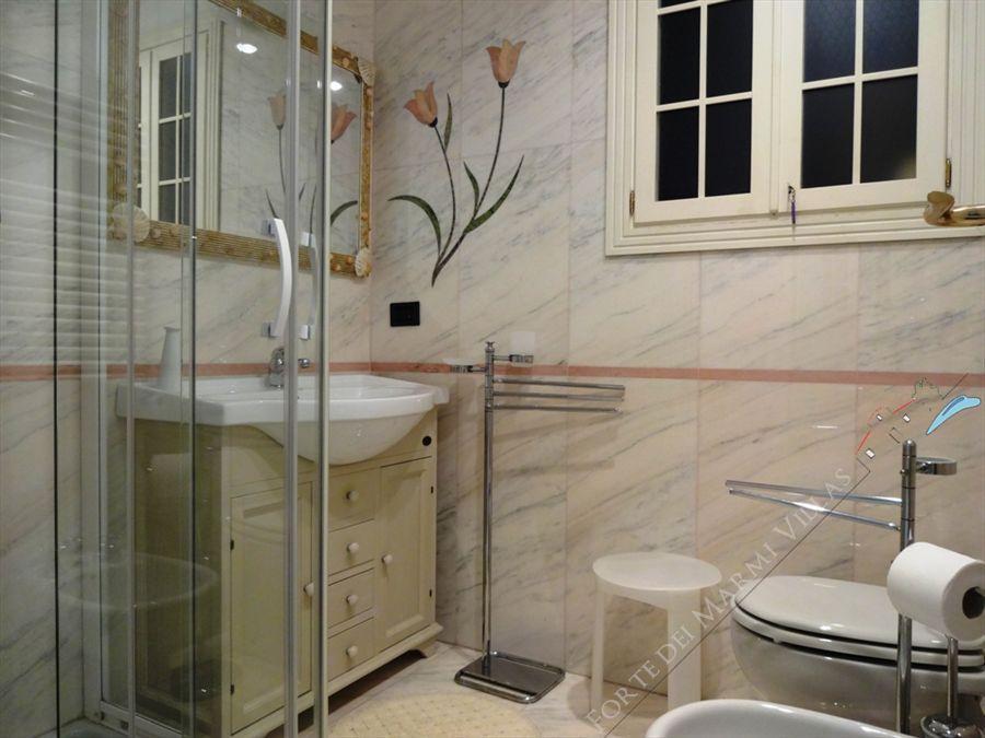 Villa Mareggiata  : Bathroom with shower