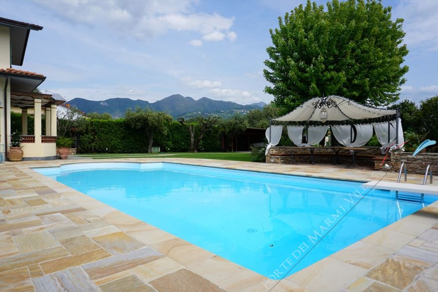 Villa Marielle : Swimming pool