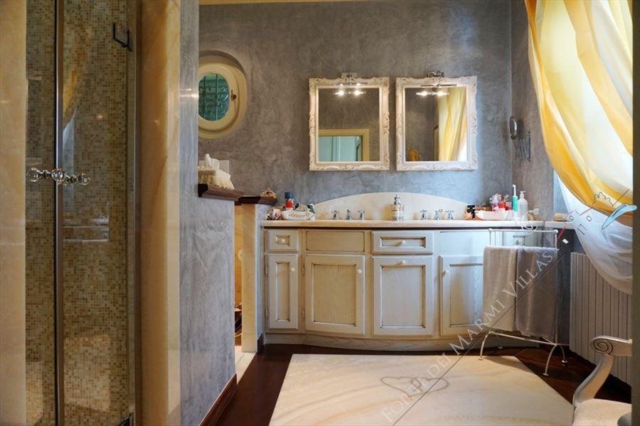 Villa Marielle : Bathroom