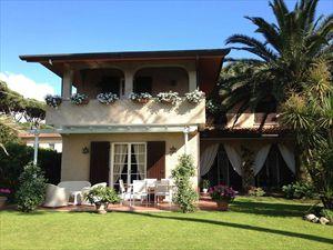 Villa Marina  : Villa singola in affitto Forte dei Marmi