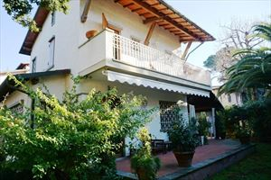 Villa Maristella: Бифамильяре Форте дей Марми