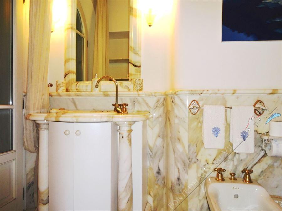 Villa Exclusive  : Bathroom with shower
